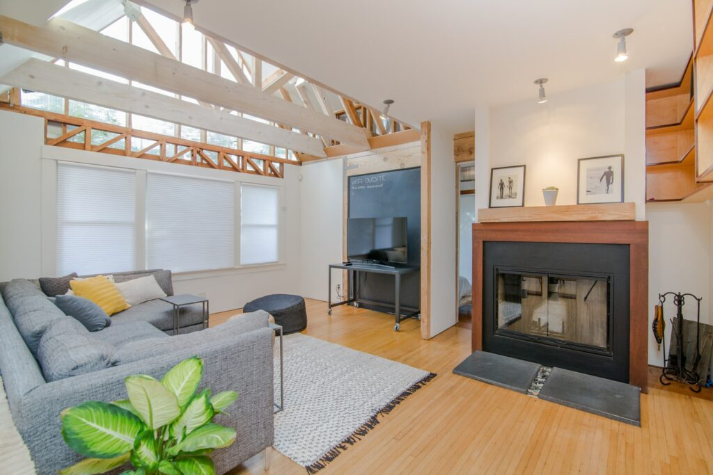 Quelles spécificités pour le contrat de location meublé?